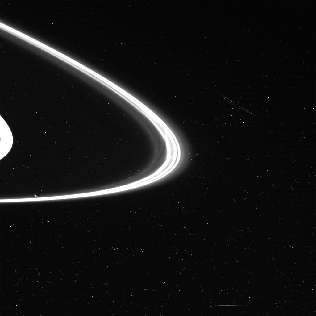 saturn.ring.jpg